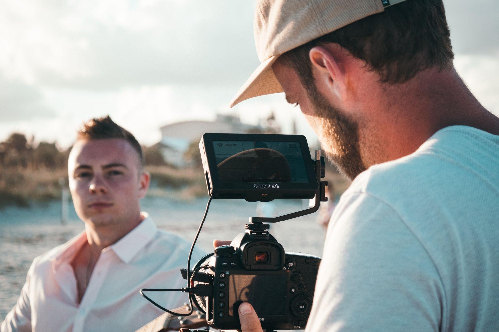 Czy warto inwestować w produkcję filmów promocyjnych?