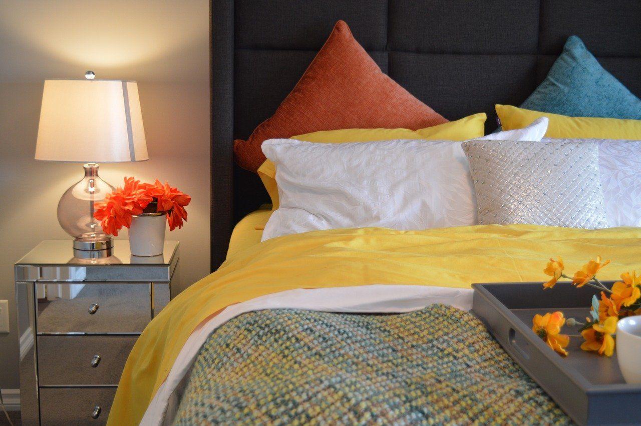 Jak stworzyć oryginalny zagłówek łóżka?