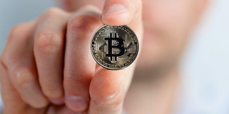 Jak wymienić bitcoin na walutę tradycyjną?