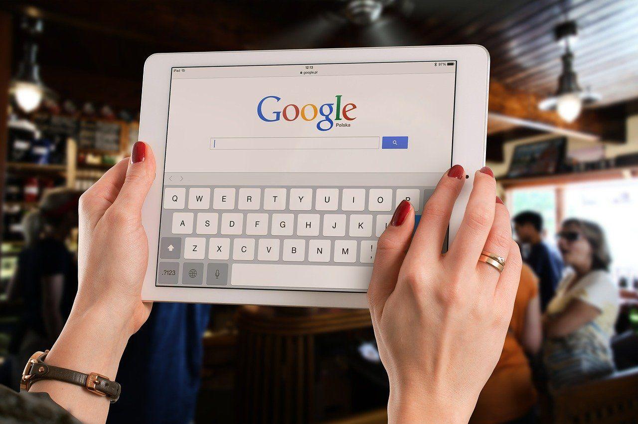Dlaczego warto przenieść firmę do Internetu?