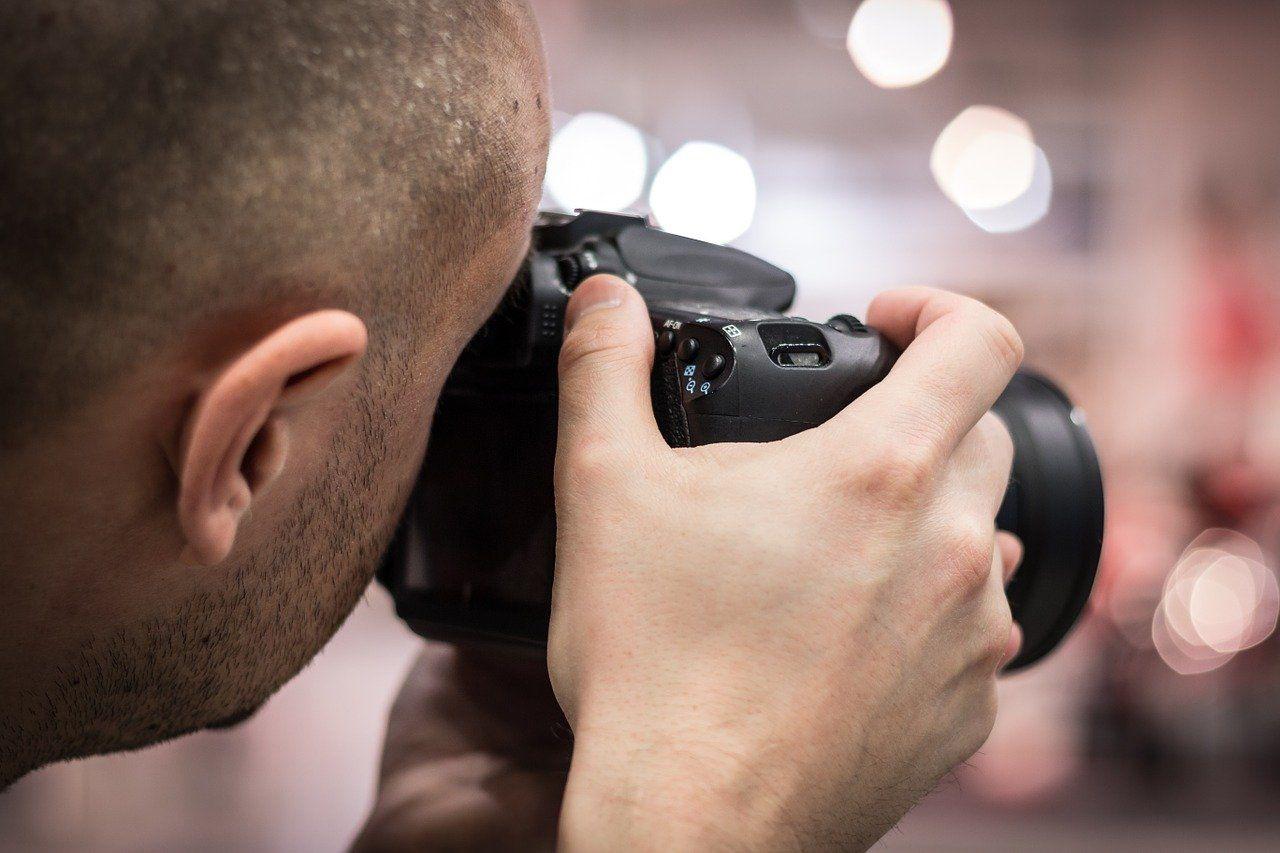 Fotograf ślubny czy kamerzysta - na co się zdecydować?